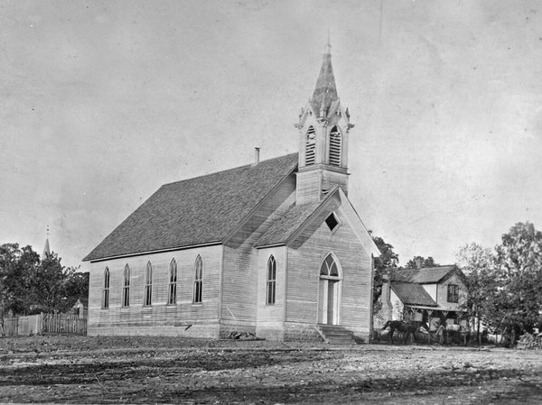 The 1893 First Christian Church on 6th Street